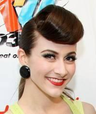 Фото причесок звезд голливуда на короткие волосы 94
