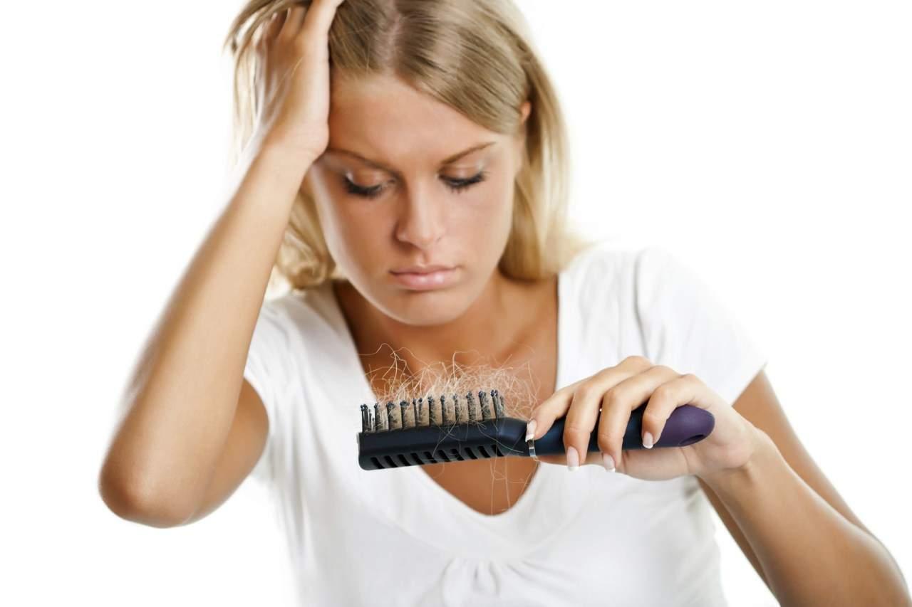 Маска из голубой глины против выпадение волос