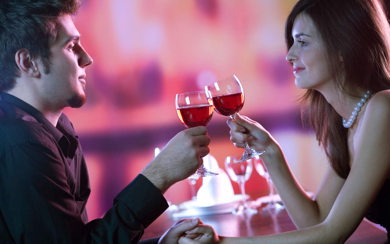 романтический вечер со зрелой женщиной чем