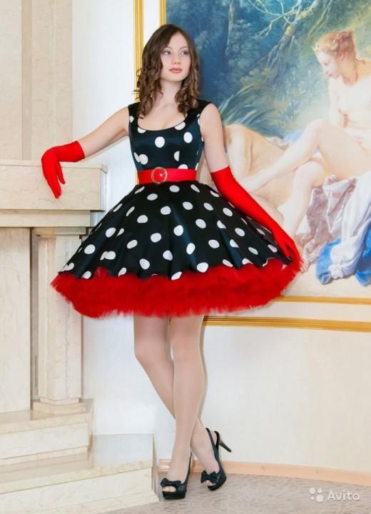 пышные платья в стиле 60-х