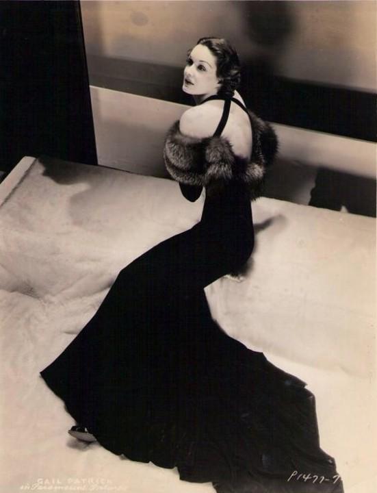 платье в пол в стиле чикаго