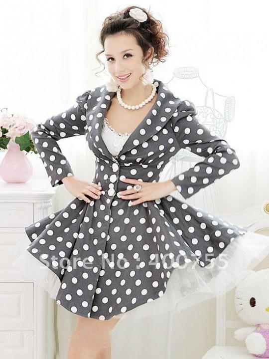 пышное платье в стиле ретро в крупный горошек