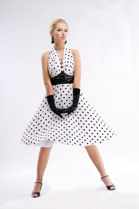 пышное платье в стиле ретро в горошек