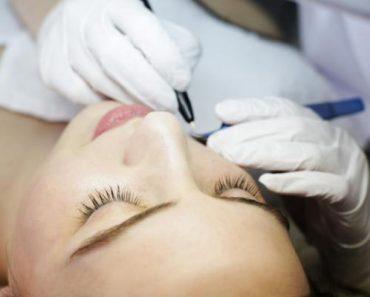 Удаление нежелательных волос на лице воском, эпиляция волос лазером навсегда, депиляция лица, крем для удаления волос в домашних условиях у женщин.