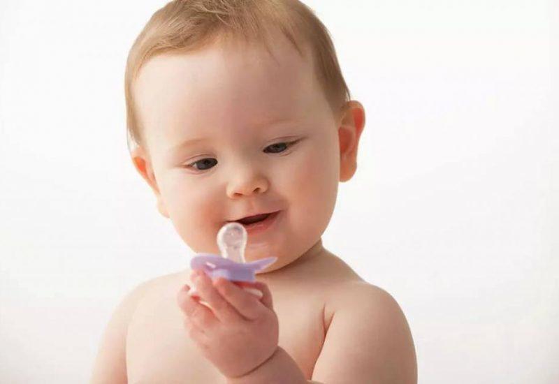 Пустышки для новорожденных