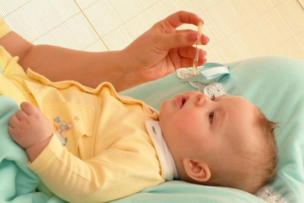 Капли в нос от насморка у ребенка