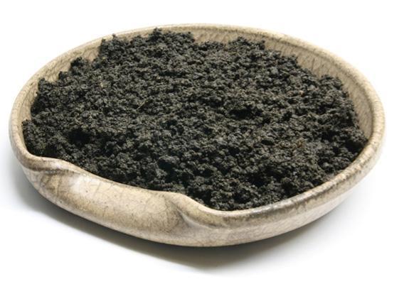 Маска от прыщей из черной глины
