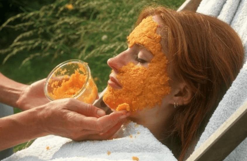 Отбеливающая маска из моркови для лица
