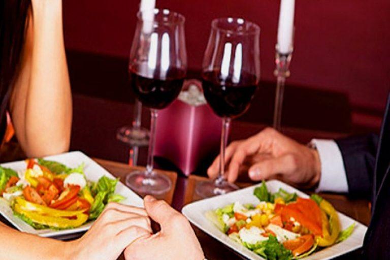 Güc artırılması üçün bir romantik şam yeməyi