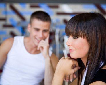 Как понять, что ты нравишься парню, мужчине или мальчику. Как дать понять, что он тебе нравится