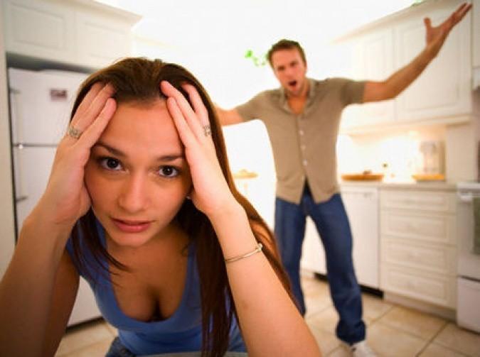 Муж тиран: признаки, что делать, советы как избавиться навсегда от деспота
