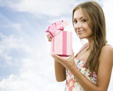 Что можно подарить на 8 (восьмое) марта любимой девушке