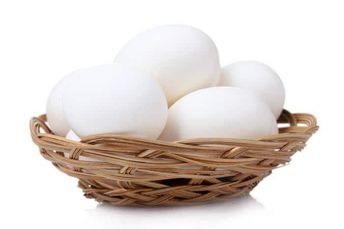 Какие яйца красить на Пасху