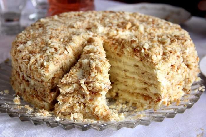 Торт из печенья без выпечки с бананом пошагово 79