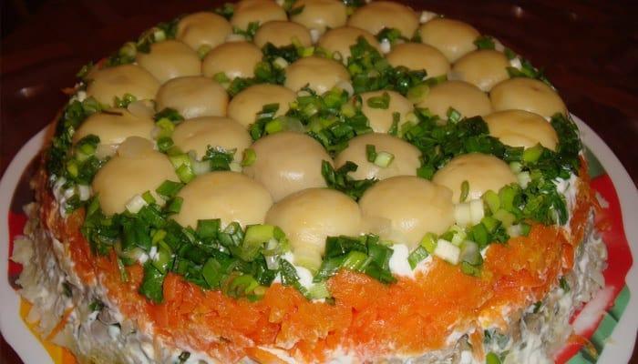 """Салат с корейской морковью """"Грибная поляна"""""""