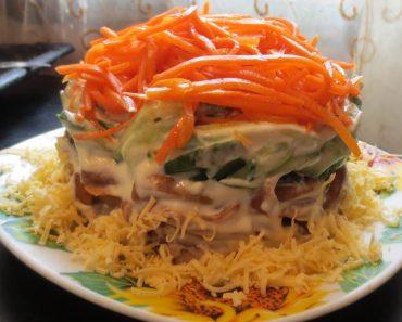"""Салат с корейской морковью: вкусные рецепты пошагово, фото, видео. Салат с крабовыми палочками, """"Ежик"""", """"Поляна"""", с грибами, огурцом и болгарским перцем"""