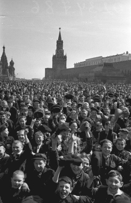 9 мая (день победы) 1945 года