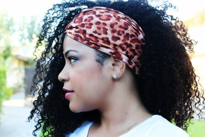 Бандана на волосах
