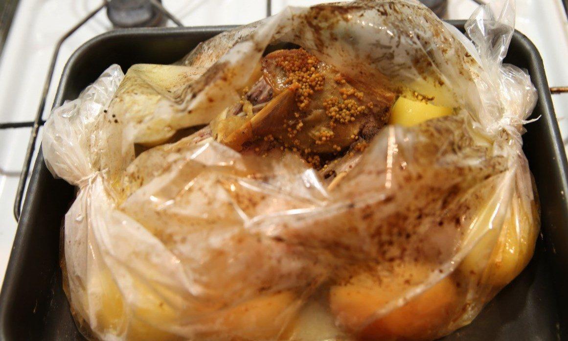 запекание в рукаве в духовке рецепты курица