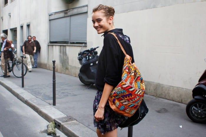 Как выглядеть взрослее - одежда, сумка