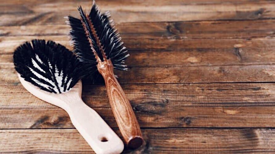 Как правильно выбрать расчёску для волос