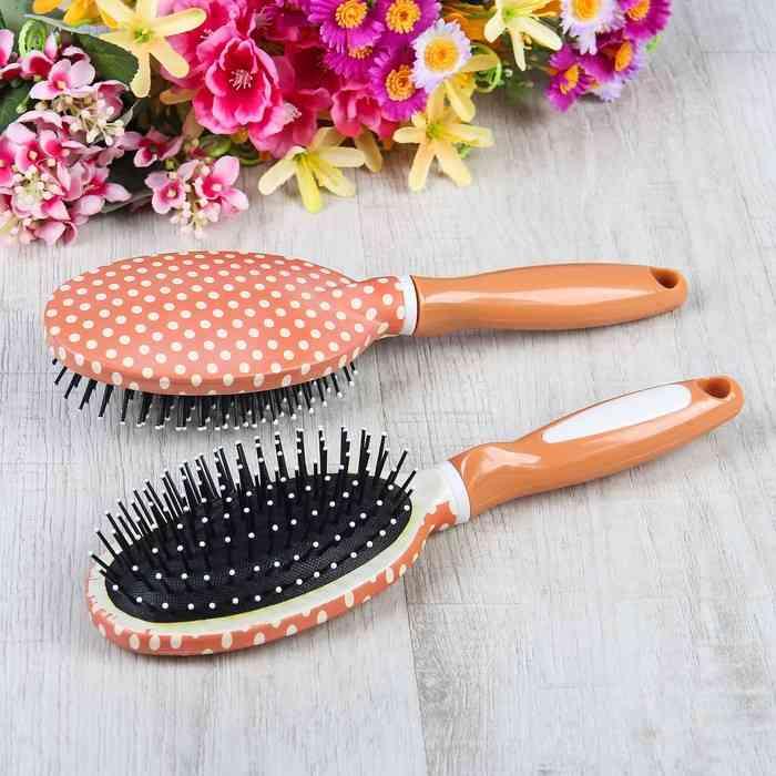 Расчёска для волос. Советы как правильно выбрать по типу волос