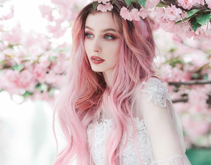Розовый цвет волос: как и в какой оттенок покрасить волосы и кончики, фото
