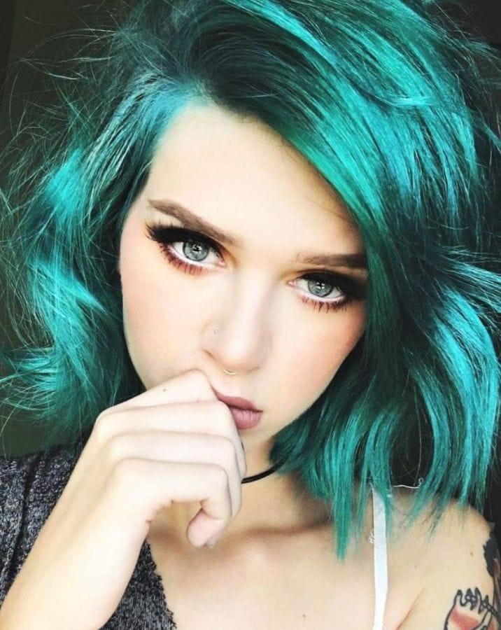 Сине-зеленые волосы
