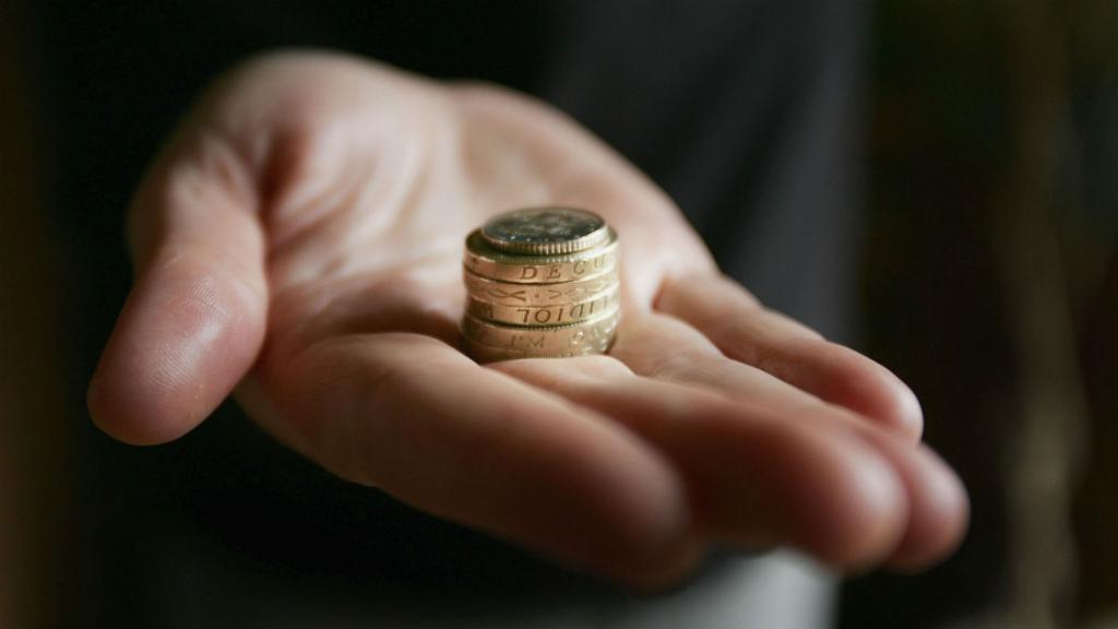 монеты на ладони