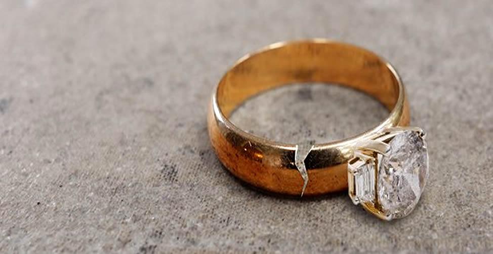 кольцо лопнуло