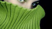 Красивая девушка в зеленом